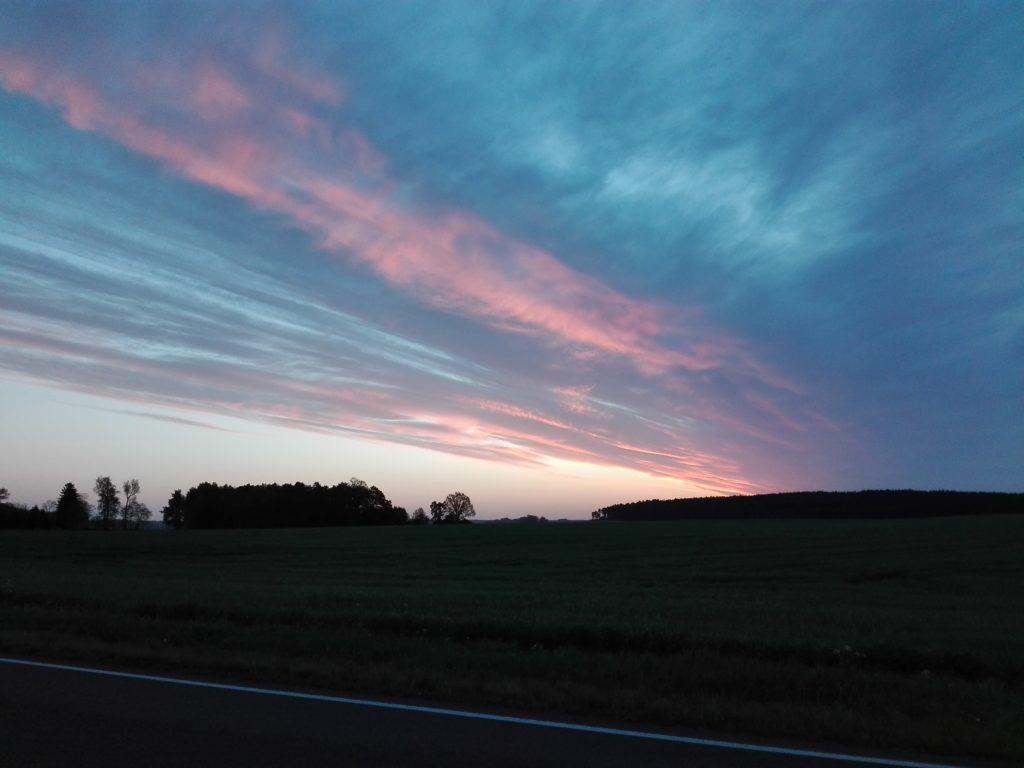 5:30 Uhr der Himmel über Friesack von Uwe Rahn, Foto aus Friesack